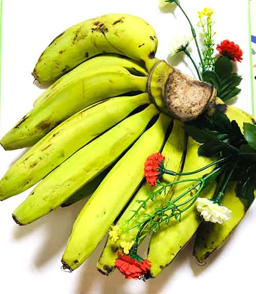 health benefits of banana includes improving reproductive health for both men and women
